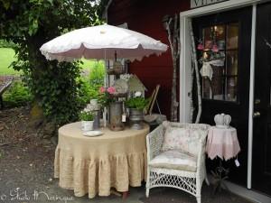 Vintage Roost Entrance